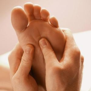 FOOT AND HAND MASSAGE